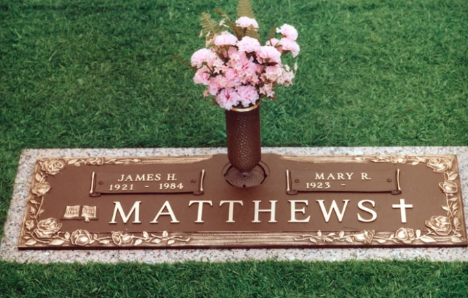 Matthews1